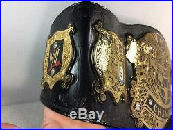 WWE WWF 2003 UNDISPUTED Championship Title Belt version 2 figures toys official