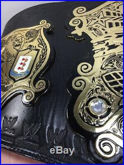WWE WWF 2005 UNDISPUTED Championship Title Belt version 2 figures toys official