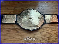 WWE World Heavyweight Championship Replica Belt V2 Figures Inc. Adult